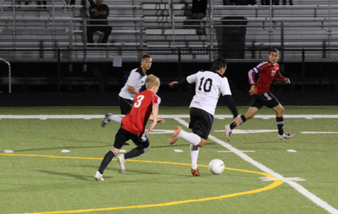 Soccer takes CSL Crossover from West, 2-1