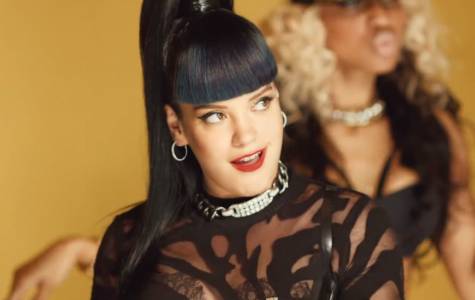 Lily Allen returns: Sexy new music video has internet in a tizzy