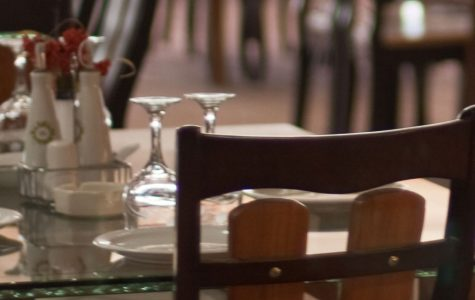Grand Lux Cafe deemed amazing
