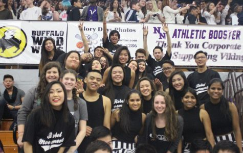 Vikings show their spirit in fall pep assembly