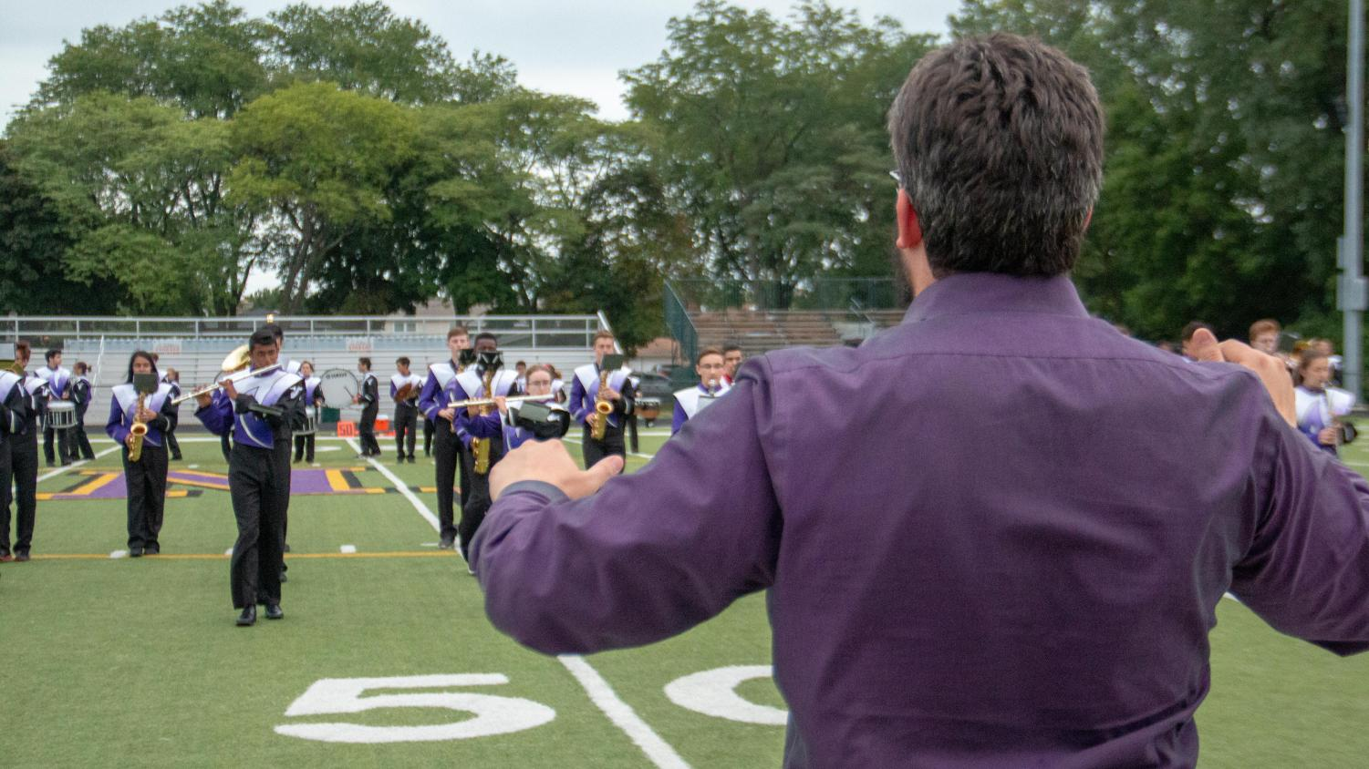 Niles North marching band drums up fans