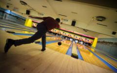 Niles North Girls Bowling Team's Season Has Begun