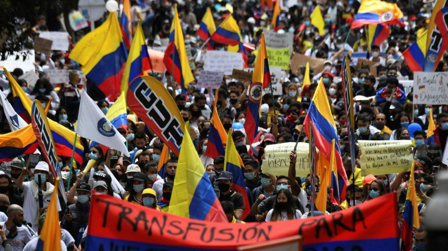 citizens+take+the+streets+in+Colombia+forming+a+protest